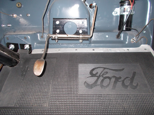 1927 ford roadster for 1932 ford floor pan
